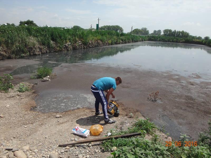 Отбор жидких органических удобрений производит главный агрохимик Олейников Ал.Ю.