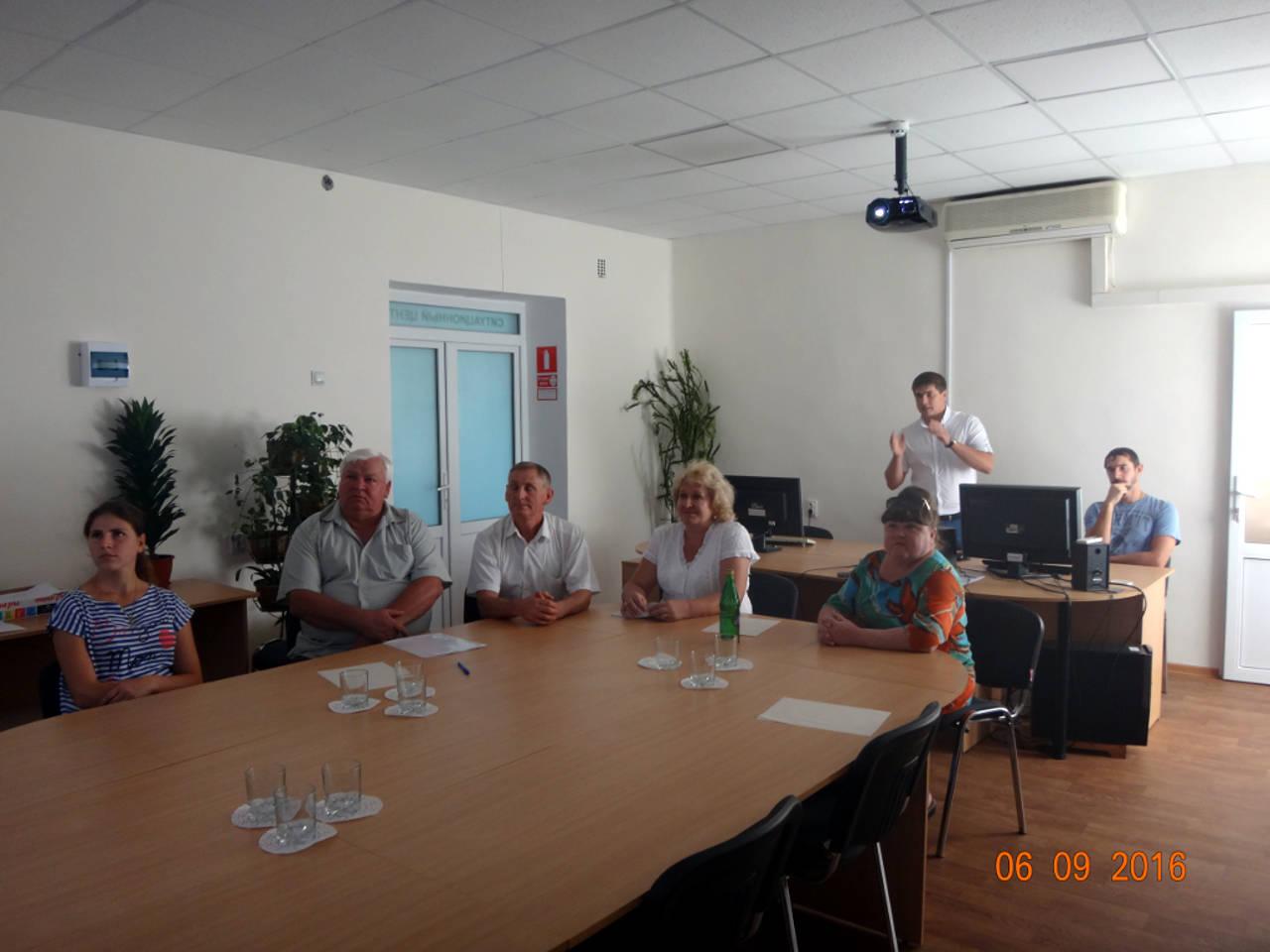Совещание с районными агрохимиками проводит начальник отдела к.сх.н. Олейников А.Ю.