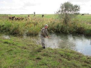 Отбор проб воды на р. Малая Кугульта осуществляет главный агрохимик Давыскиба А.А.