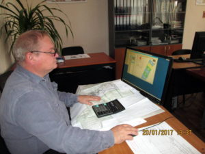 Анализ результатов агрохимического обследования проводит главный почвовед Макоед А.А.