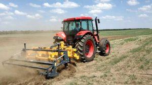 Трактор Zetor 4135F ANT с культиватором Dondi