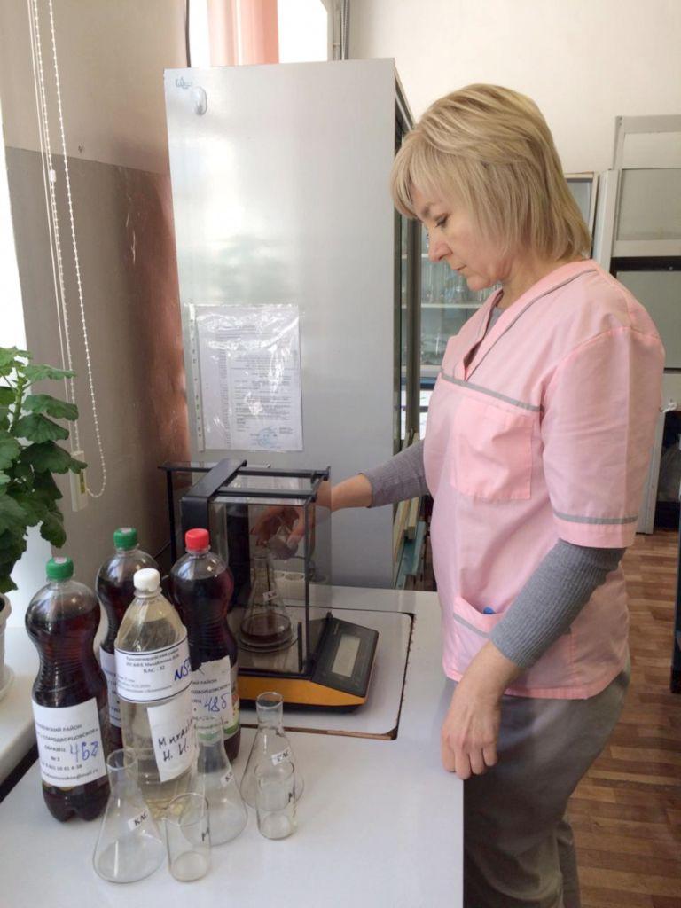 Подготовка проб для определения массовой доли аммиачной селитры Агрохимик I категории испытательного центра ‑ Лариса Попова
