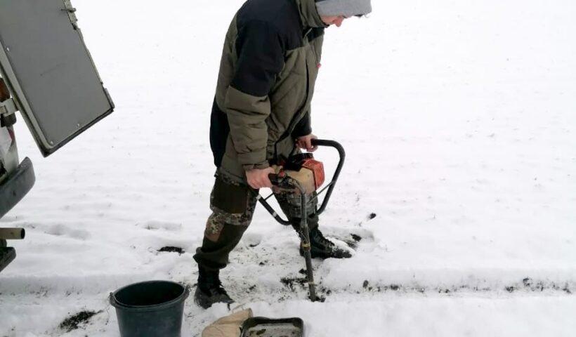 Отбор почвенных образцов в КФХ «Кривцов» Красногвардейского района