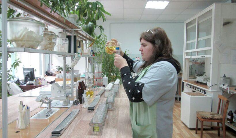 Определение содержания фосфора. Ведущий агрохимик ИЦ (Л) Маякова И.А.