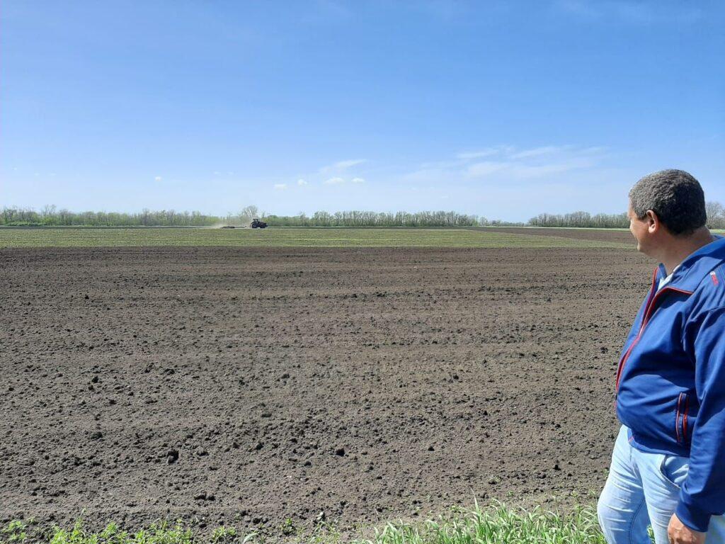 Обработка полей в СПК «Дубовский»
