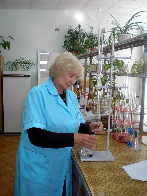 Определение кислотного числа в пробе подсолнечного масла. Агрохимик I категории — Дятлова Е.И.