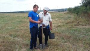 Агрохимическое обследование проводит главный агрохимик отдела геоинформационных технологий Олейников Ал. Ю.