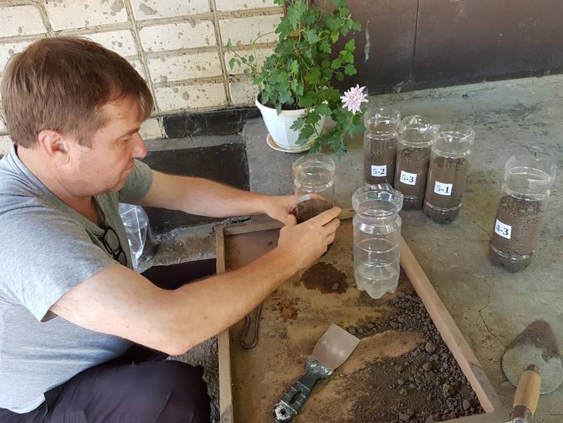 Внесение мелиорантов в вегетационные сосуды