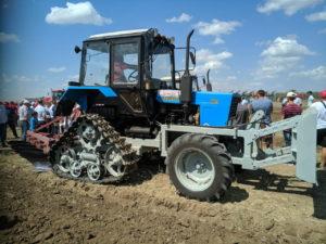 Трактор Беларус 80.1 на полугусеничном ходу