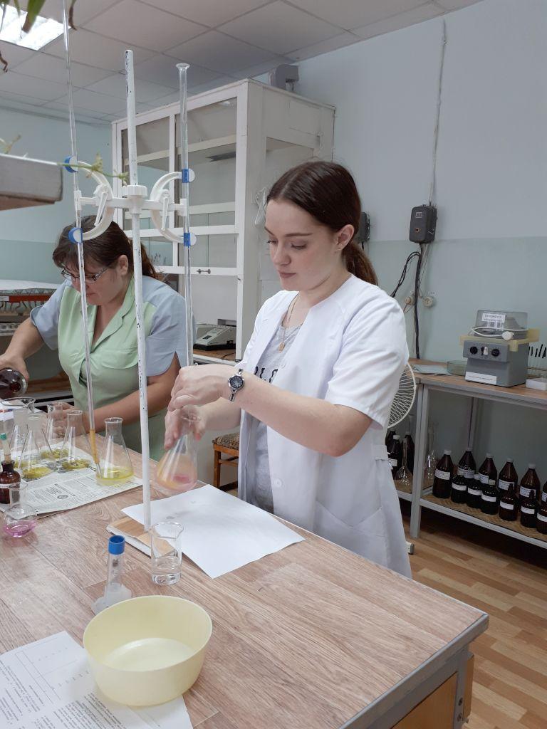 Определение кислотного числа масла в пробах подсолнечного масла