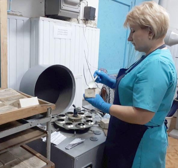 Размол проб почв для определения органического вещества (гумуса)