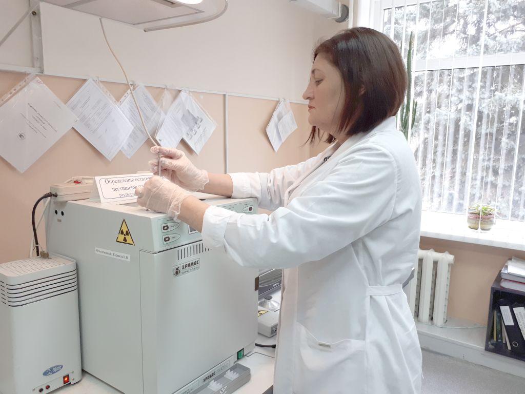 Метод газовой хроматографии. Определение остаточного количества пестицидов в пробах почв, пищевой продукции, воде
